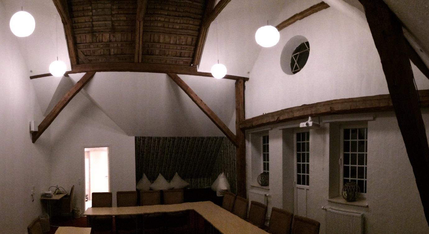 Dueslaget højt til loftet