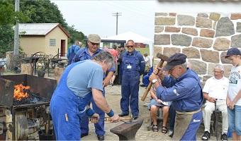 Smedene arbejder i Andelslandsbyen Nyvang