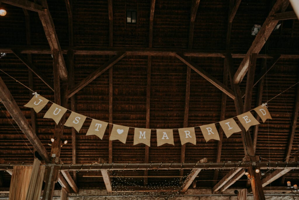 Flagbanner til bryllup