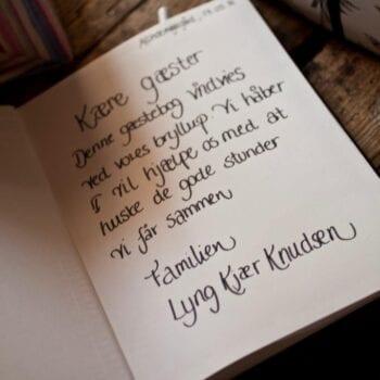 Gæstebog til bryllup med sød hilsen