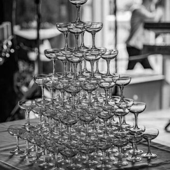 Tårn af champagneglas