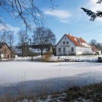Sonnerupgaard Gods klædt i sne