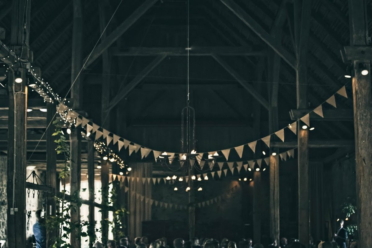 Barnwedding