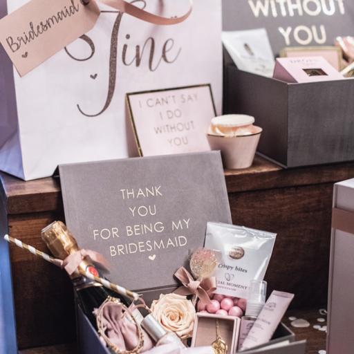 Fine gaveæsker til forlover og brudepiger