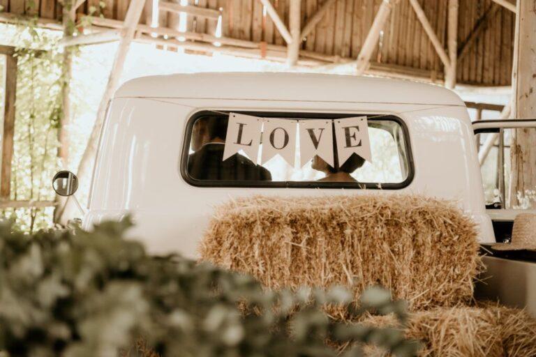 Ladvogn til bryllup med Love